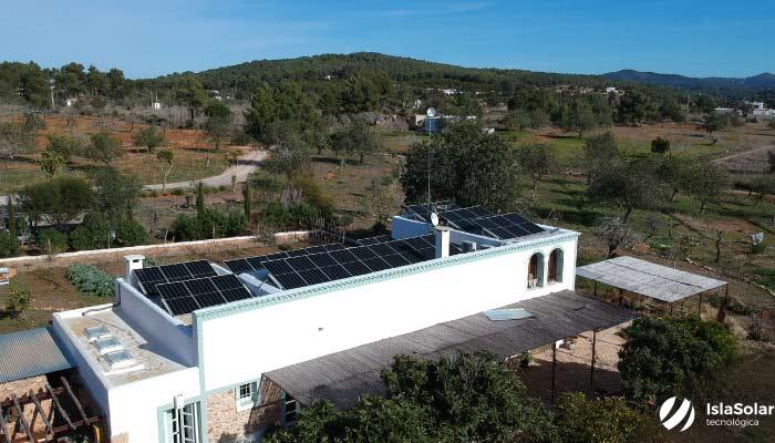 Autoconsumo residencial Ibiza 15,18 KWp