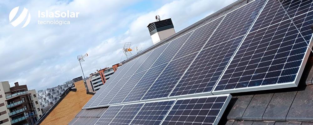 La Comunidad de Madrid suprime la licencia de obra para los paneles solares
